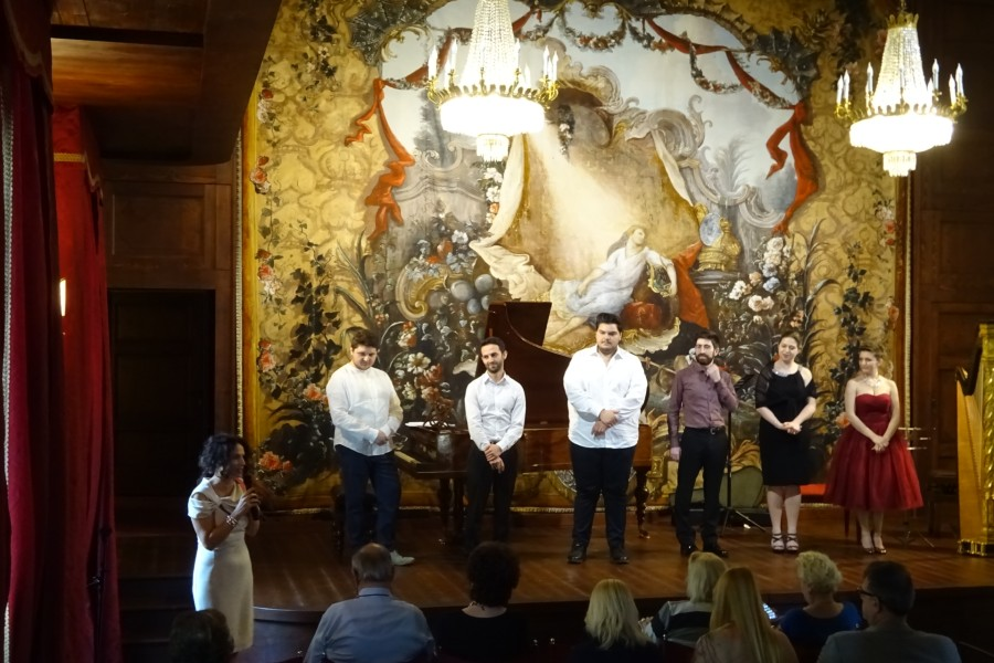 The Teatro Sociale of Como with the winners of AsLiCo Opera Singing Contest at Villa Medici Giulini